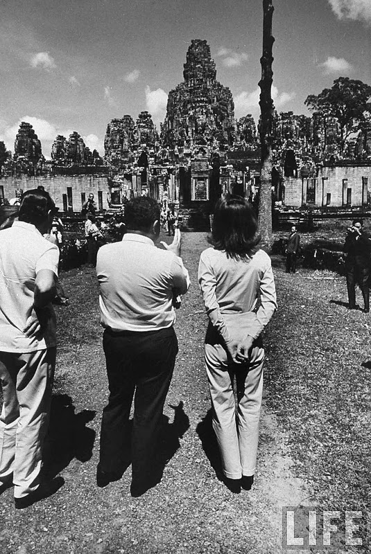 Hinh doc phu nhan co Tong thong Kennedy o Campuchia nam 1967-Hinh-8
