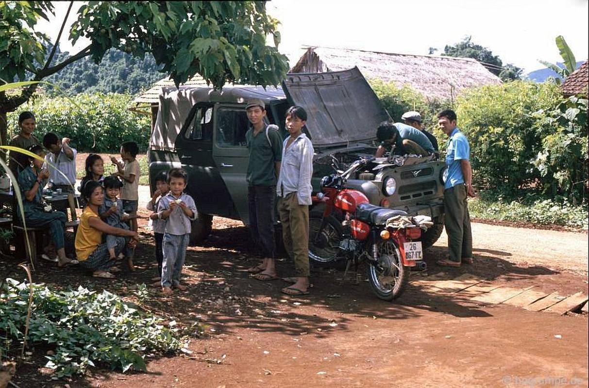 Loat anh kho quen ve xe may o Viet Nam dau thap nien 1990 (1)-Hinh-10