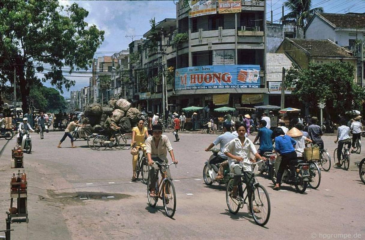 Loat anh kho quen ve xe may o Viet Nam dau thap nien 1990 (1)-Hinh-11