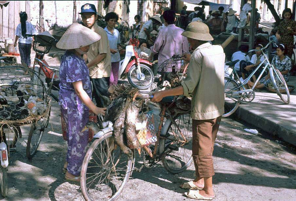 Loat anh kho quen ve xe may o Viet Nam dau thap nien 1990 (1)-Hinh-7