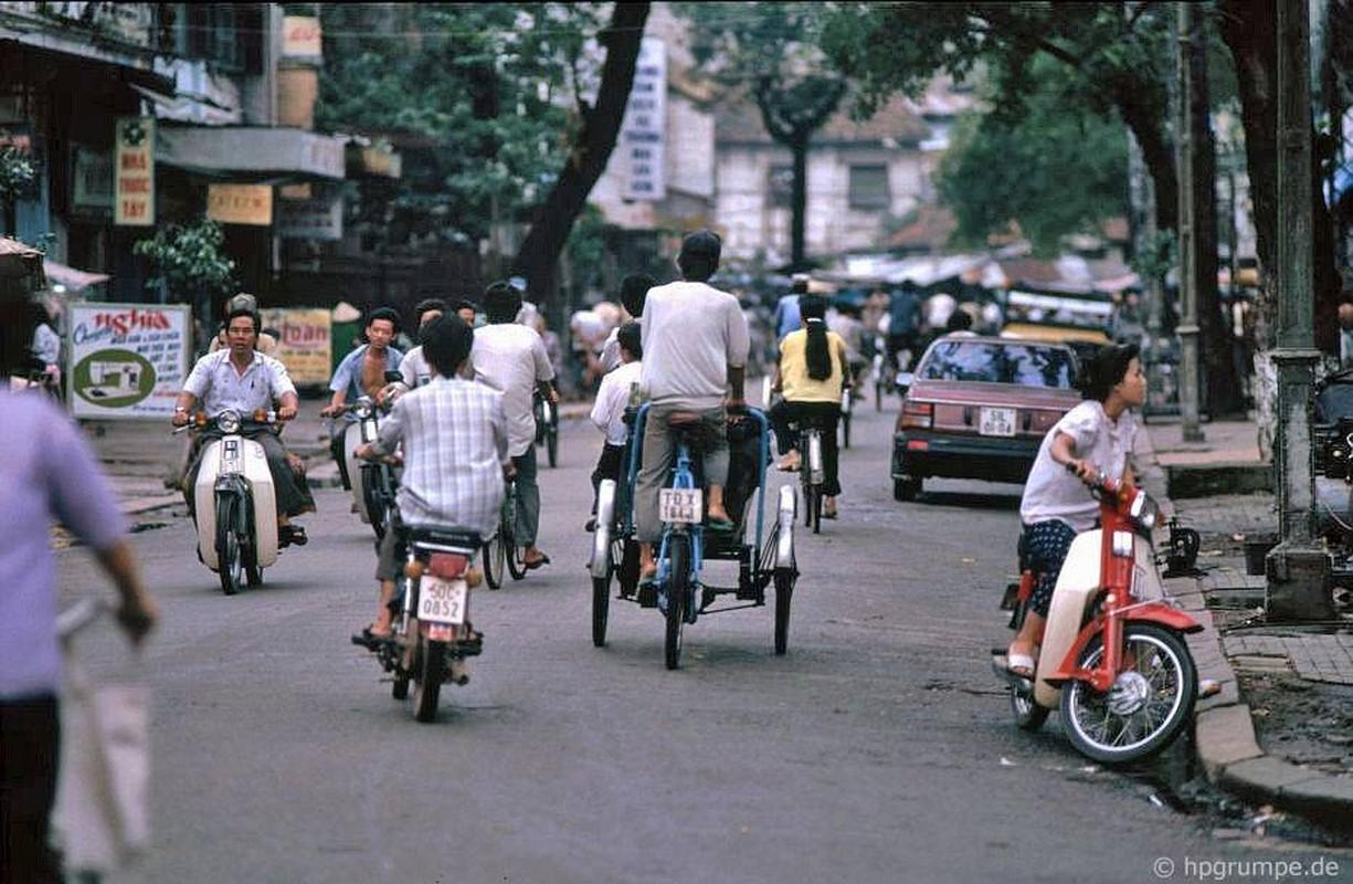 Loat anh kho quen ve xe may o Viet Nam dau thap nien 1990 (2)-Hinh-2