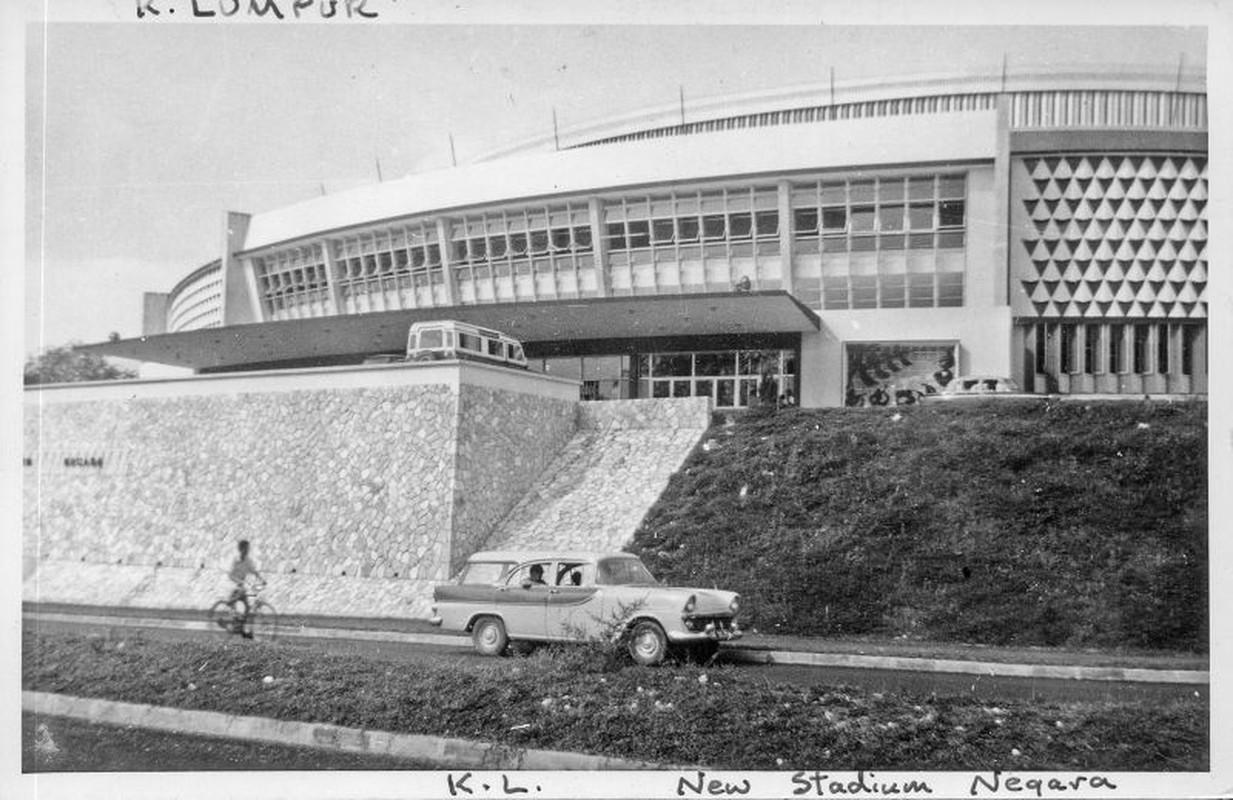 Khung canh trang le o thu do Malaysia nam 1961-1962-Hinh-2