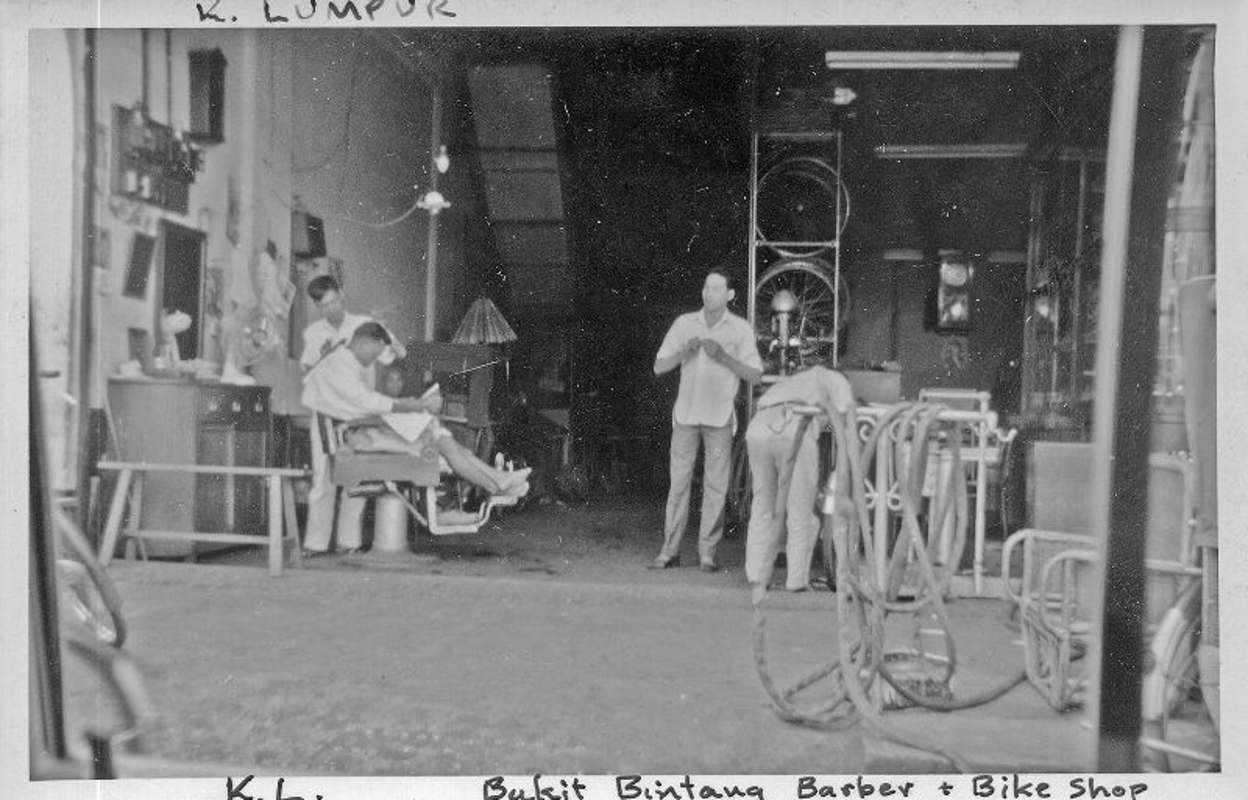 Khung canh trang le o thu do Malaysia nam 1961-1962-Hinh-7