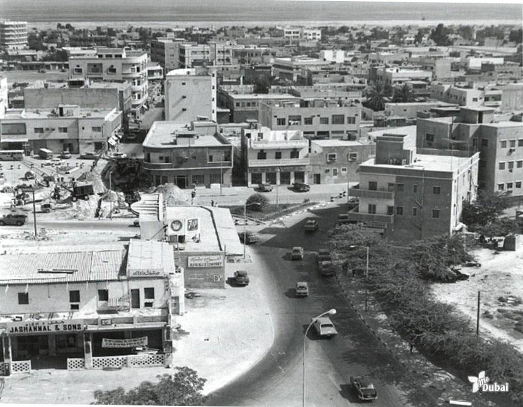 Khong ngo thanh pho noi tieng nhat UAE thap nien 1950-1960 don so nhu vay-Hinh-2