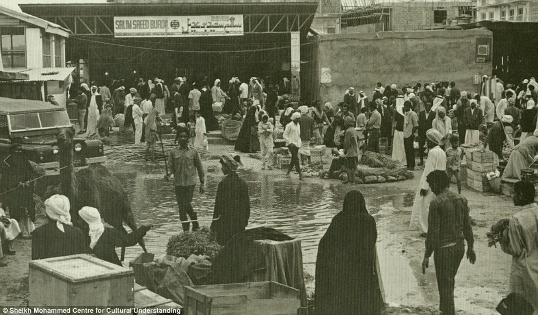 Khong ngo thanh pho noi tieng nhat UAE thap nien 1950-1960 don so nhu vay-Hinh-8