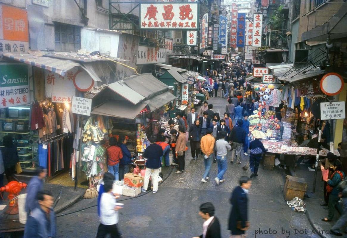 Hong Kong nam 1984 song dong qua ong kinh nguoi Nhat-Hinh-13