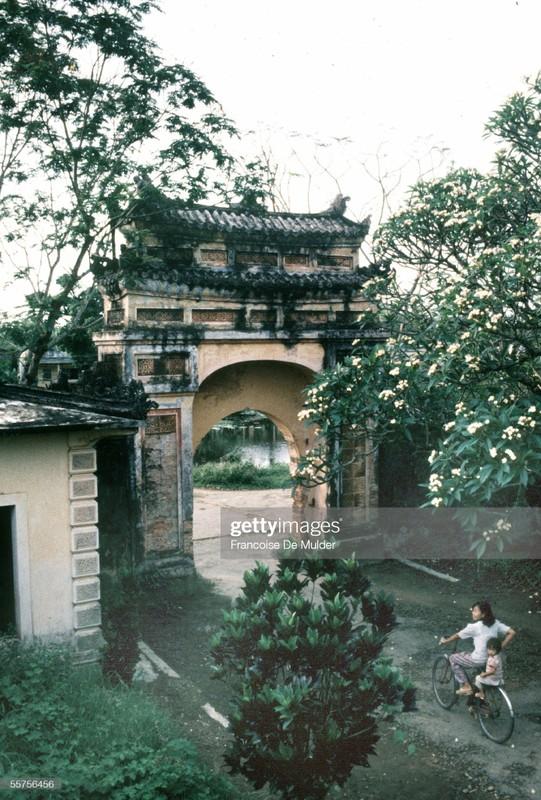 Co do Hue nam 1989 qua anh cua Francoise De Mulder-Hinh-12
