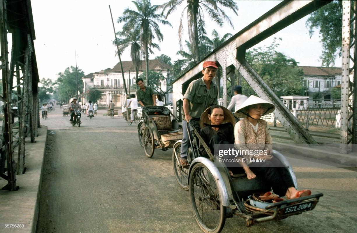 Co do Hue nam 1989 qua anh cua Francoise De Mulder