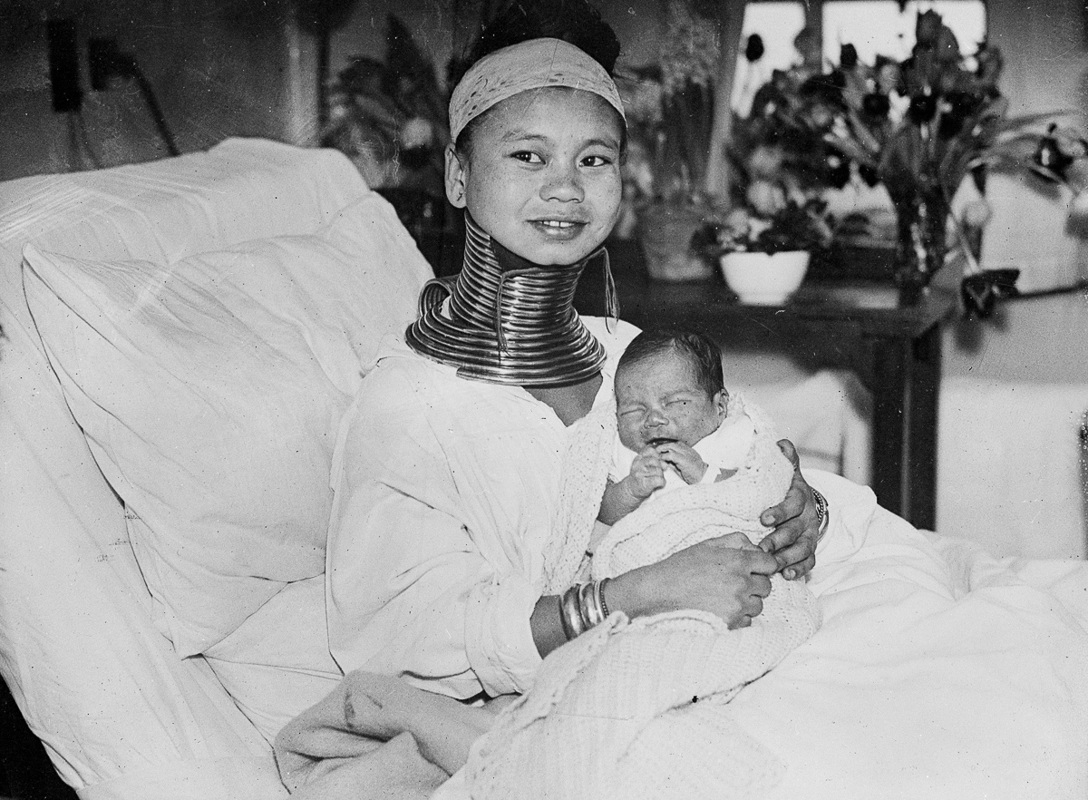 Anh la: Son nu co dai Mien Dien tham London nam 1935-Hinh-9