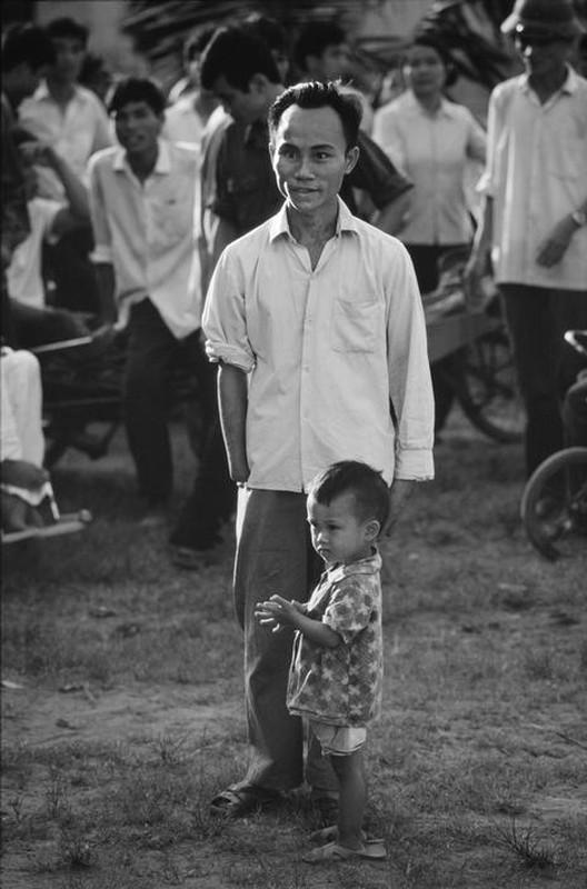 Anh quy ve nguoi thuong binh Viet Nam nam 1980-Hinh-2