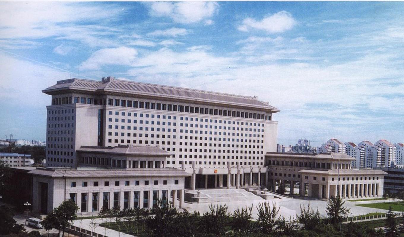 Thot tim vu Nga suyt phong nham vu khi hat nhan nam 1995-Hinh-3