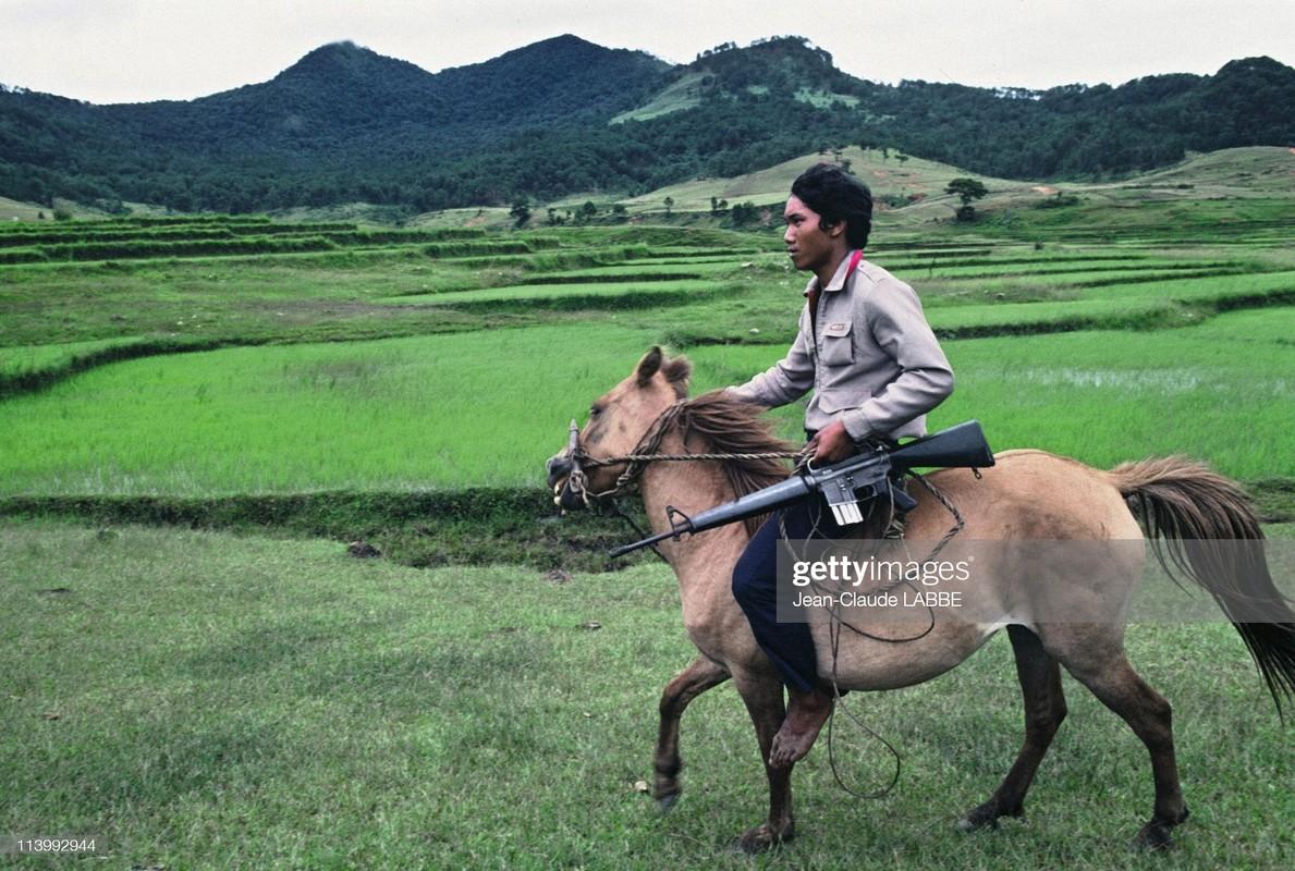 Ngam loat anh sieu hiem sieu doc ve Da Lat nam 1994-Hinh-5