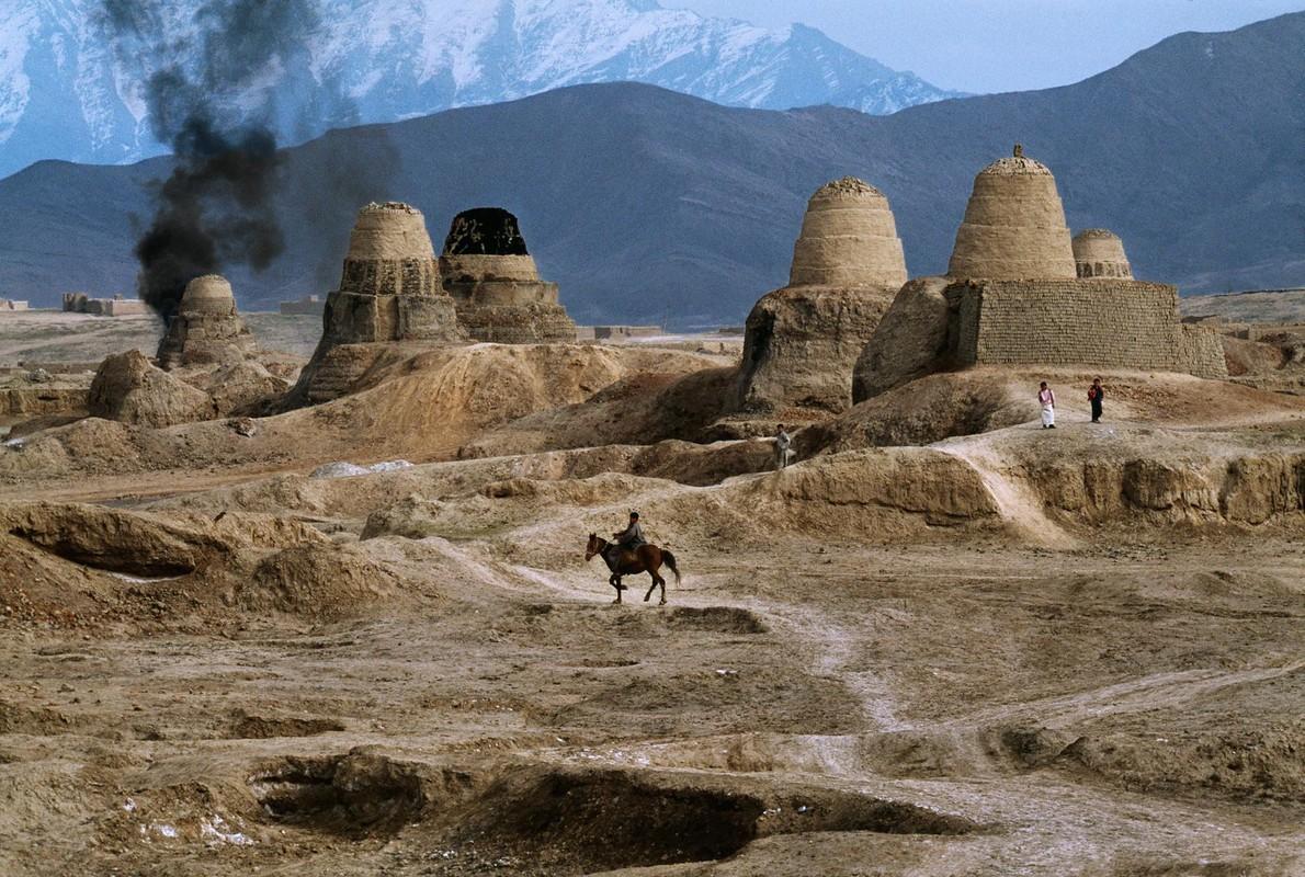 Anh cuc hiem ve cuoc song binh yen o Afghanistan thap nien 1990-Hinh-10