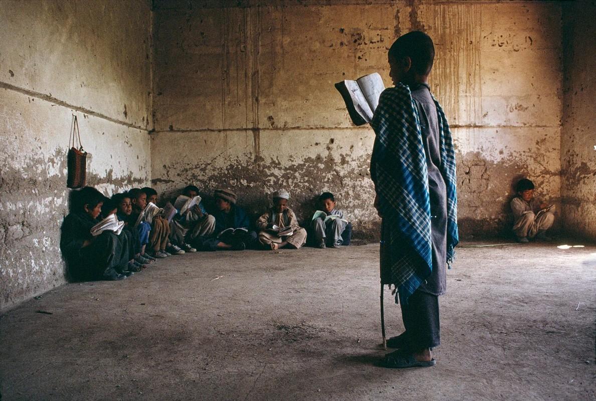 Anh cuc hiem ve cuoc song binh yen o Afghanistan thap nien 1990-Hinh-15