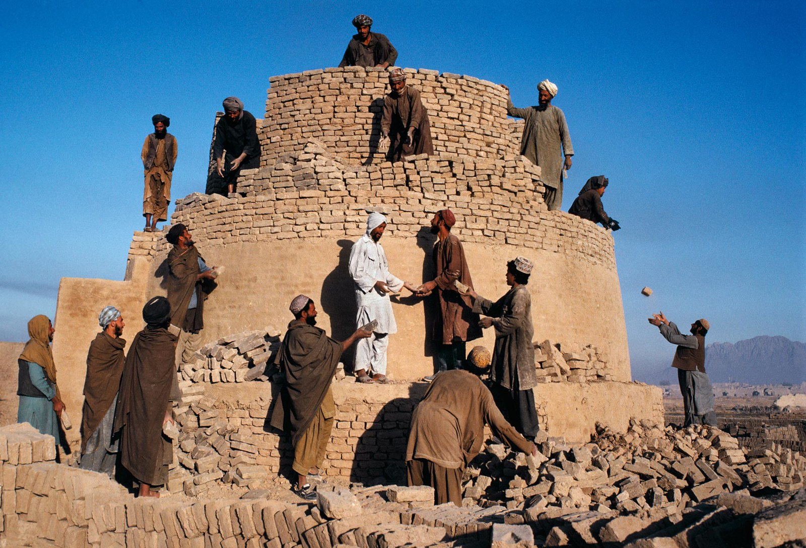 Anh cuc hiem ve cuoc song binh yen o Afghanistan thap nien 1990-Hinh-5