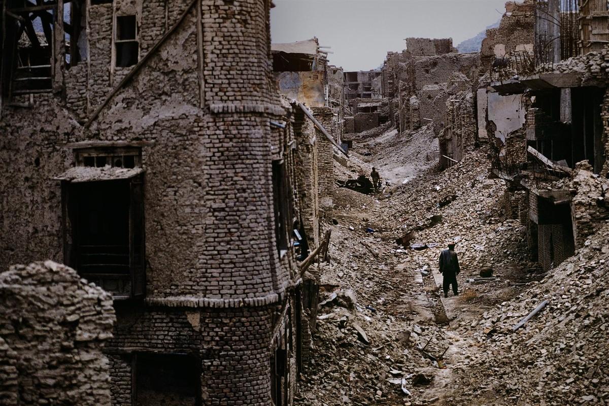 Anh cuc hiem ve cuoc song binh yen o Afghanistan thap nien 1990