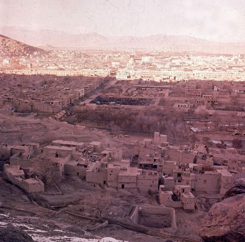 Bat ngo cuoc song binh yen sung tuc o thu do Afghanistan thap nien 1960-Hinh-16
