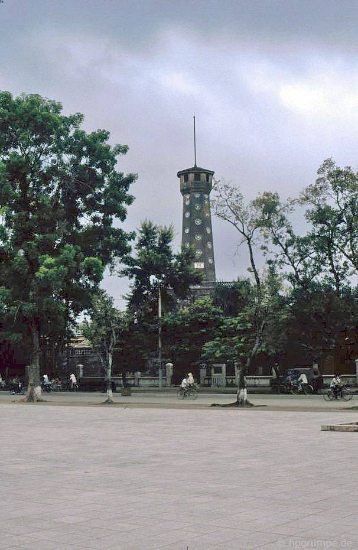 Boi hoi ngam Quang truong Ba Dinh nam 1991 qua anh nguoi Duc-Hinh-8