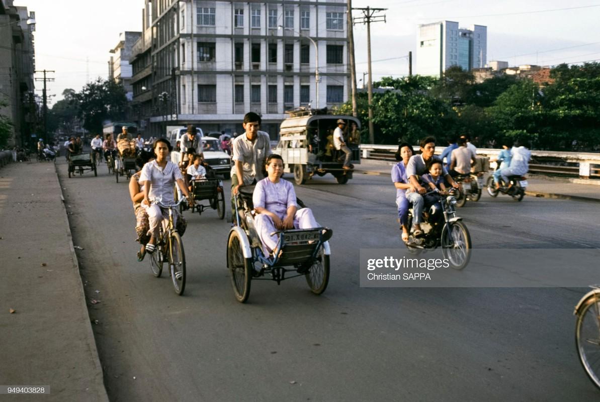 Viet Nam dau thap nien 1990 qua anh cua Christian Sappa (1)-Hinh-10