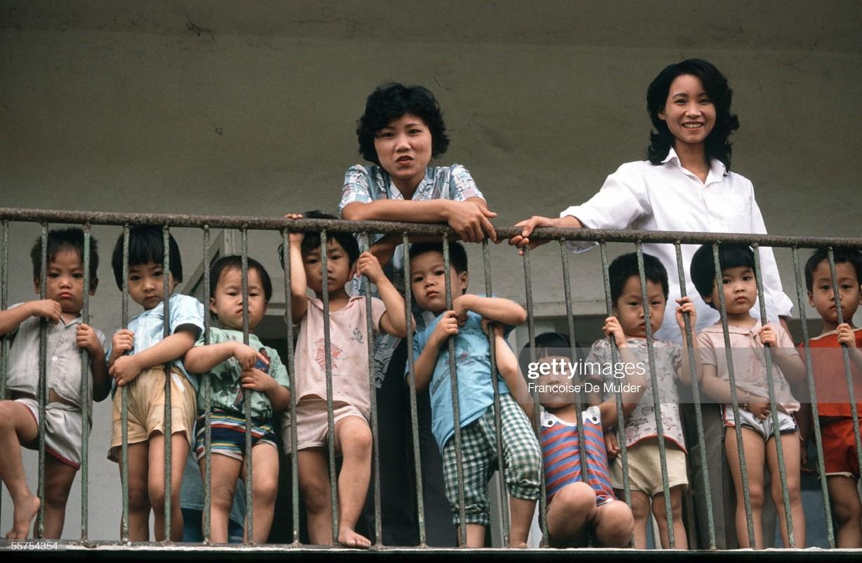 Boi hoi ngam cuoc song o thanh pho Vinh nam 1989-Hinh-2