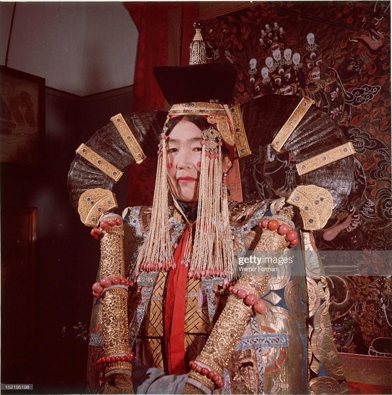 Cuoc song tam linh huyen bi o thu do Mong Co nam 1962-Hinh-12