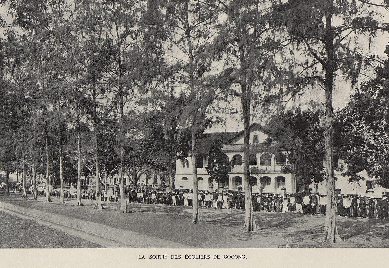 Anh de doi ve cac truong hoc o Viet Nam thap nien 1920 (1)