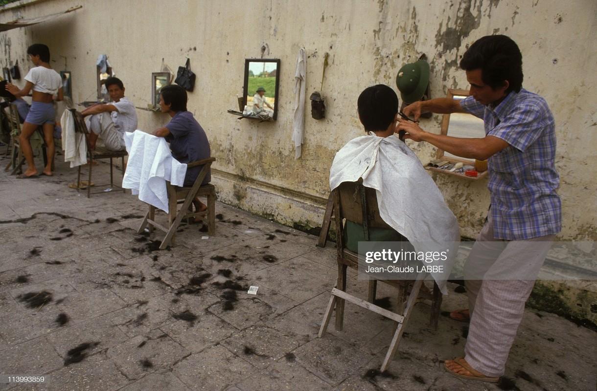 Anh khong the khong xem ve doi thuong Ha Noi nam 1994 (2)-Hinh-5