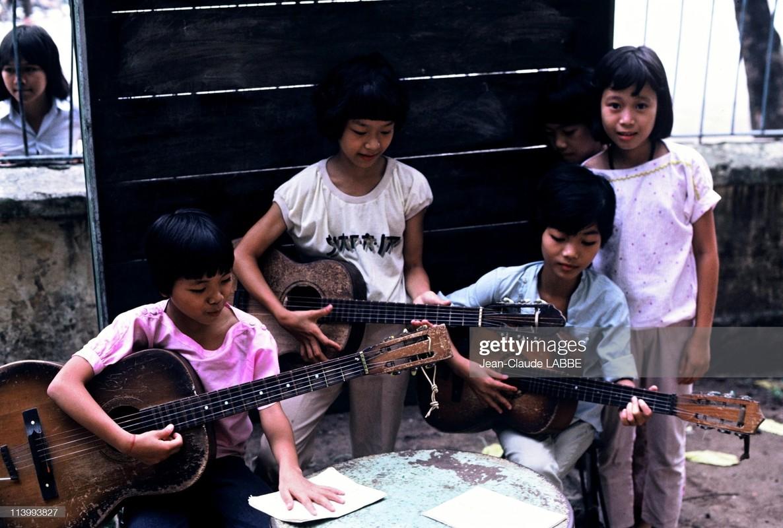 Anh khong the khong xem ve doi thuong Ha Noi nam 1994 (2)-Hinh-7