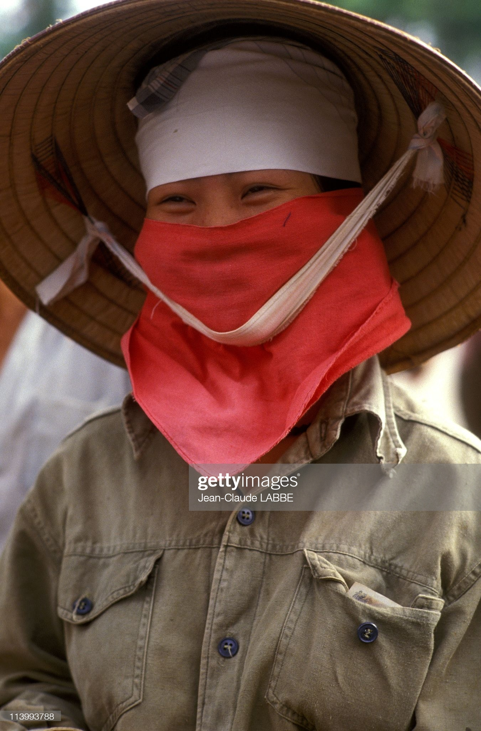 "Anh chan dung ""chat nhu nuoc cat"" cua nguoi Ha Noi nam 1994-Hinh-8"