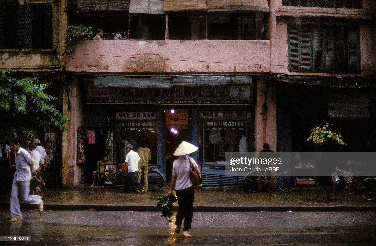 "Loat anh ""khong dung hang"" ve pho co Ha Noi nam 1994-Hinh-2"