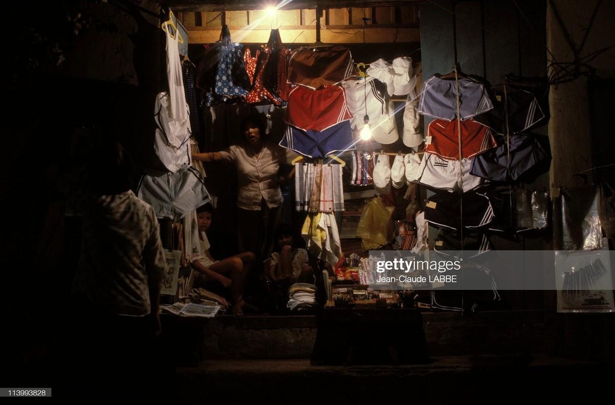 "Loat anh ""khong dung hang"" ve pho co Ha Noi nam 1994-Hinh-4"