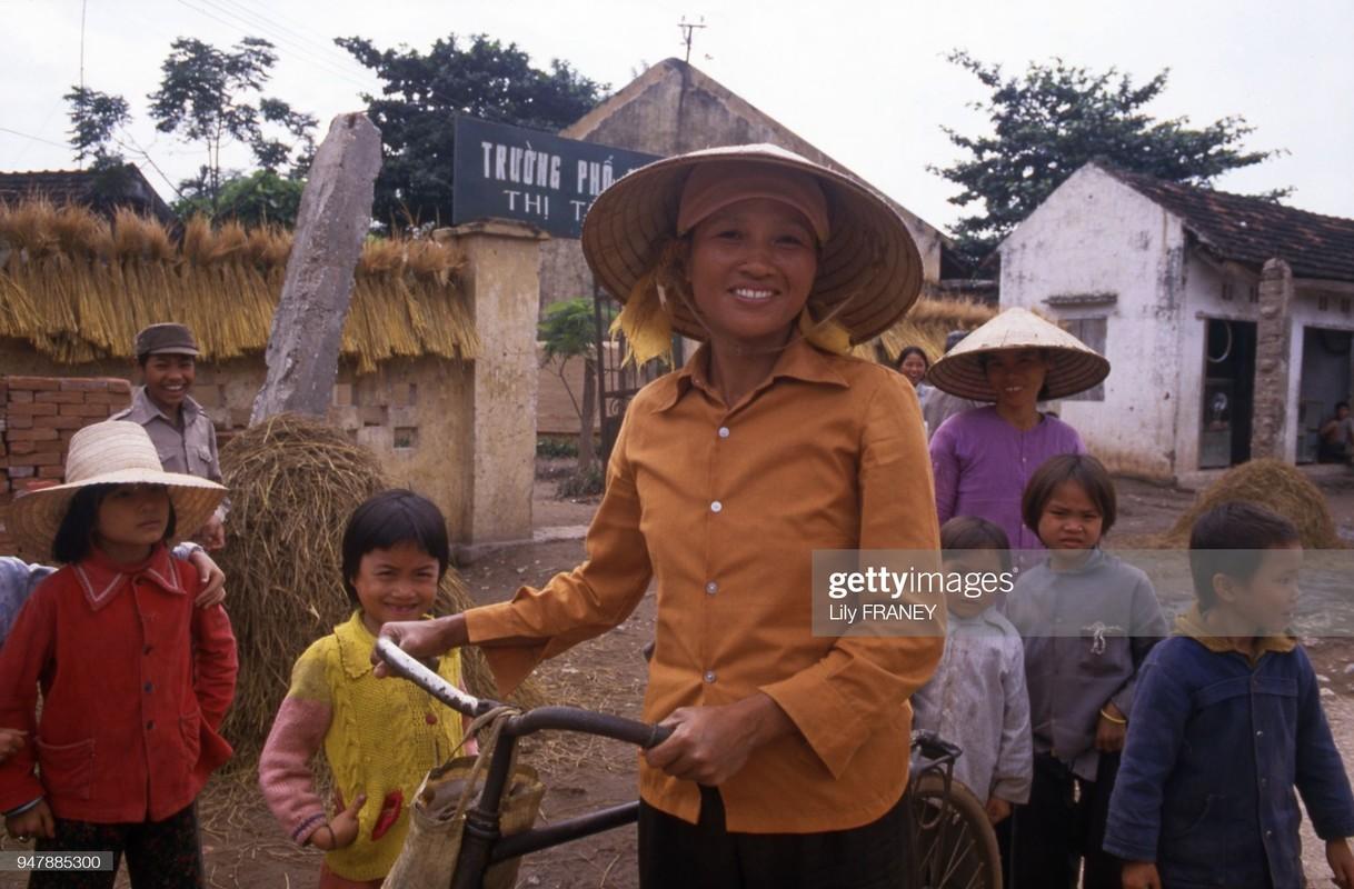 Khung canh thanh binh cua dong que Viet Nam nam 1987 (2)-Hinh-2