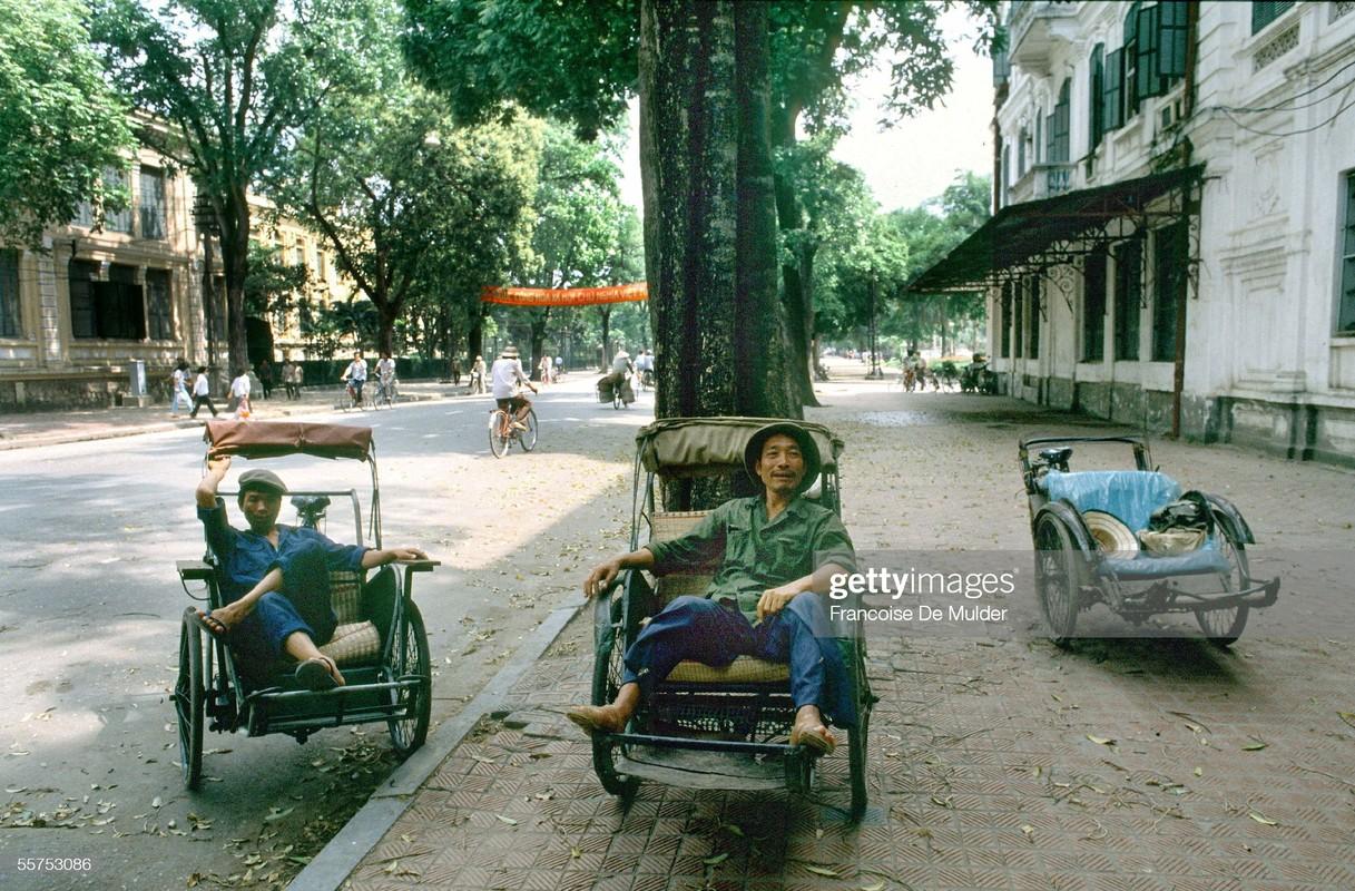 Loat anh cuc thu vi ve giao thong o Ha Noi nam 1989-Hinh-4