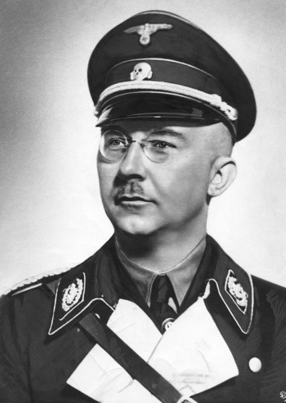 Trum mat vu Himmler cua Duc quoc xa da chet nhu the nao?