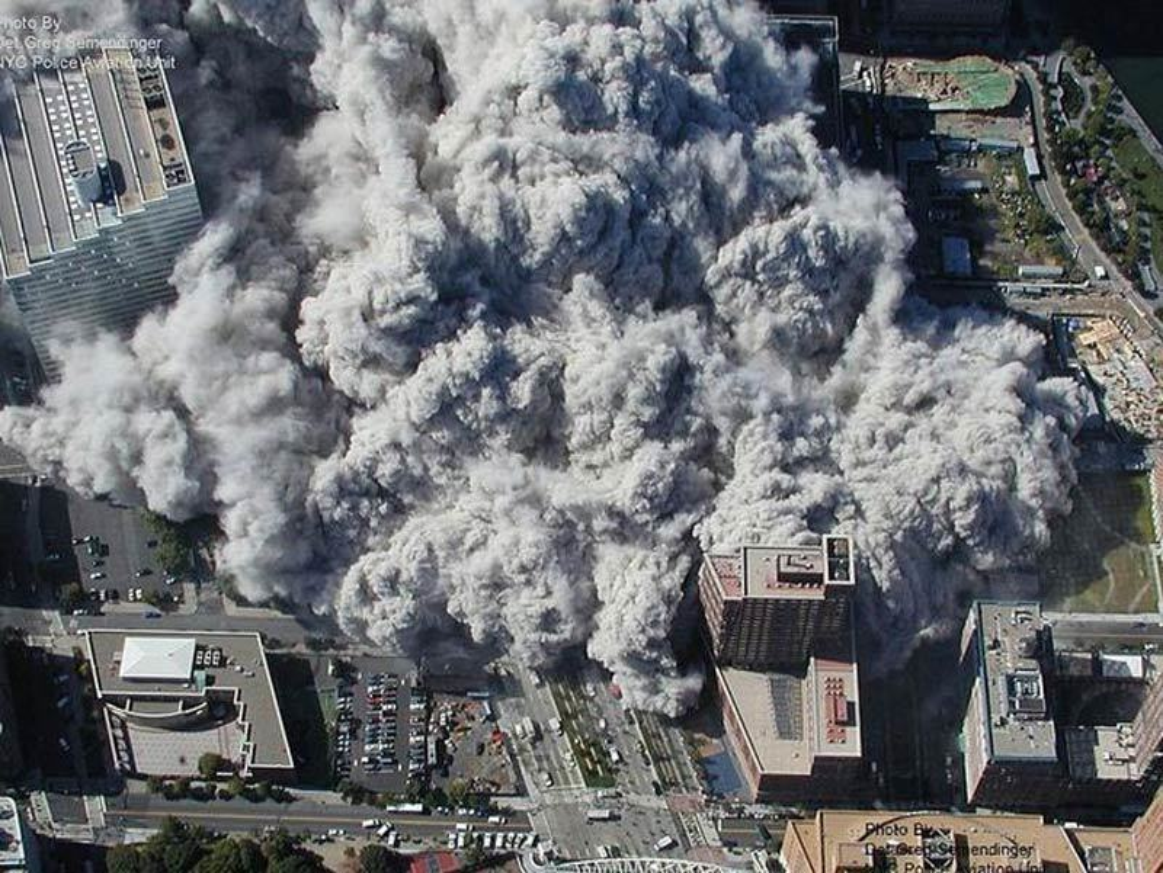 Nhung hinh anh gay soc ve tham kich khung bo 11/9-Hinh-13