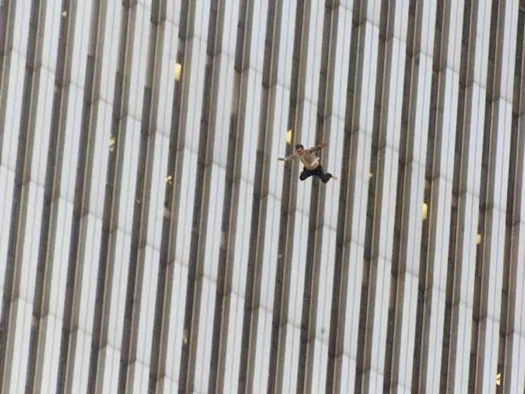 Nhung hinh anh gay soc ve tham kich khung bo 11/9-Hinh-7
