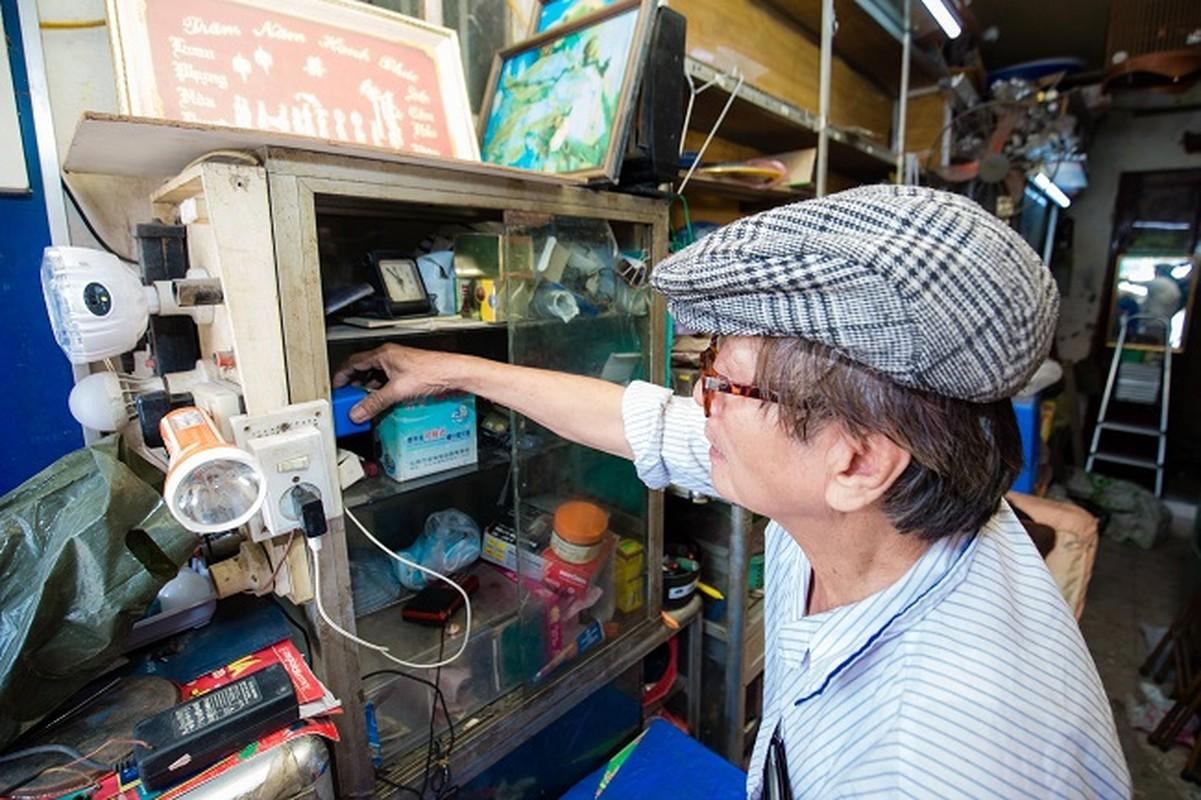Ben trong can nha 7,5m2 dinh gia 3 ty dong o Ha Noi-Hinh-9