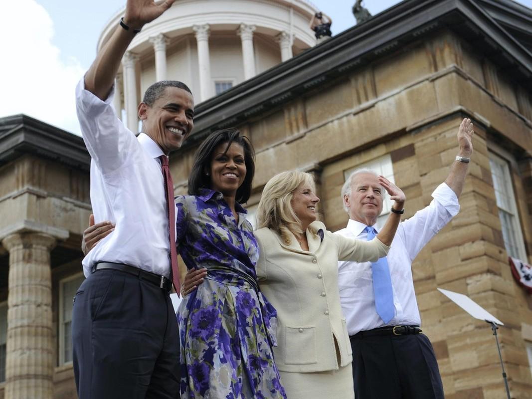 He lo 5 lan cau hon vo cua ong Joe Biden-Hinh-8