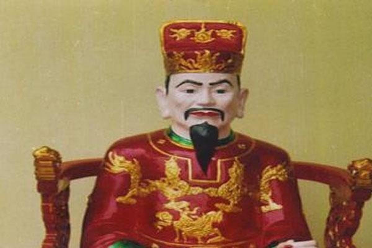Chua Trinh Giang ra quy dinh quai dan, cho dan bo tien mua chuc tuoc