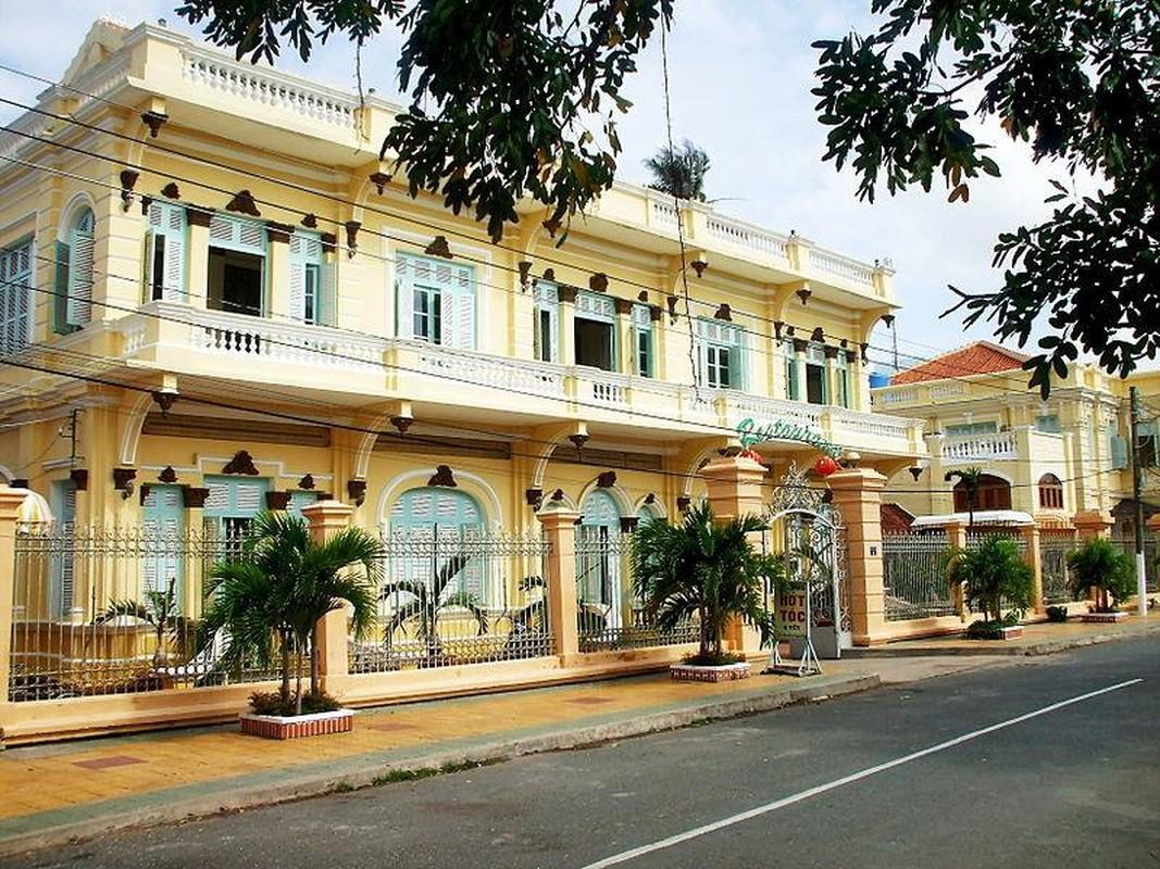 Nguoi Viet nao bo 100 kg vang mua may bay di tham ruong lua?-Hinh-8