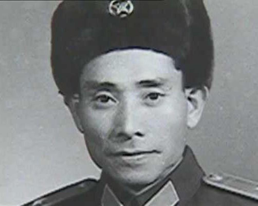 Ai duoc phong quan ham cap tuong o ca Viet Nam va Trung Quoc?