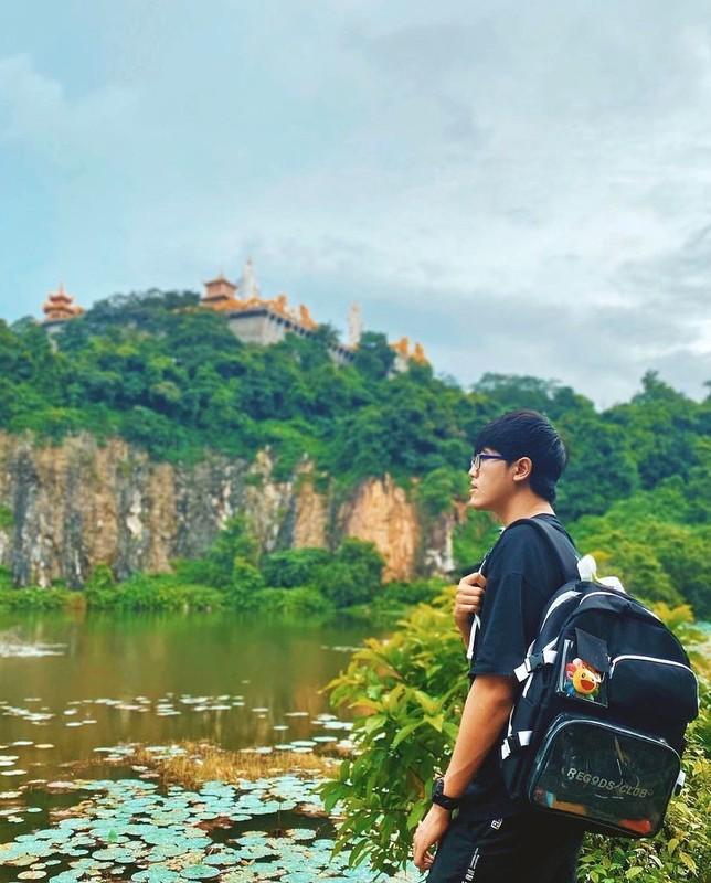 Chua nao o Binh Duong co 2 doi rong vang khong lo?-Hinh-5