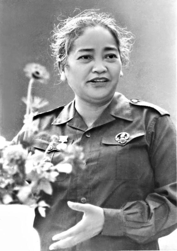 Anh hiem ve nu tuong dau tien cua Quan doi nhan dan Viet Nam-Hinh-7