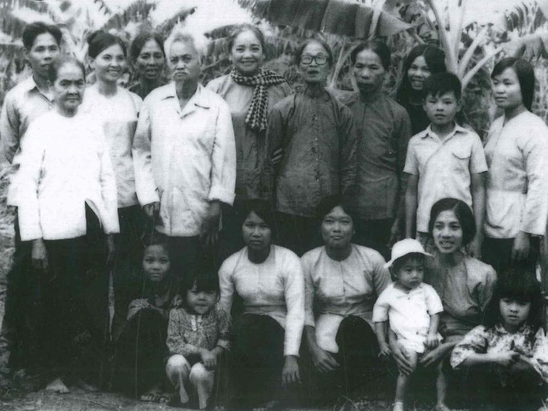 Anh hiem ve nu tuong dau tien cua Quan doi nhan dan Viet Nam-Hinh-8