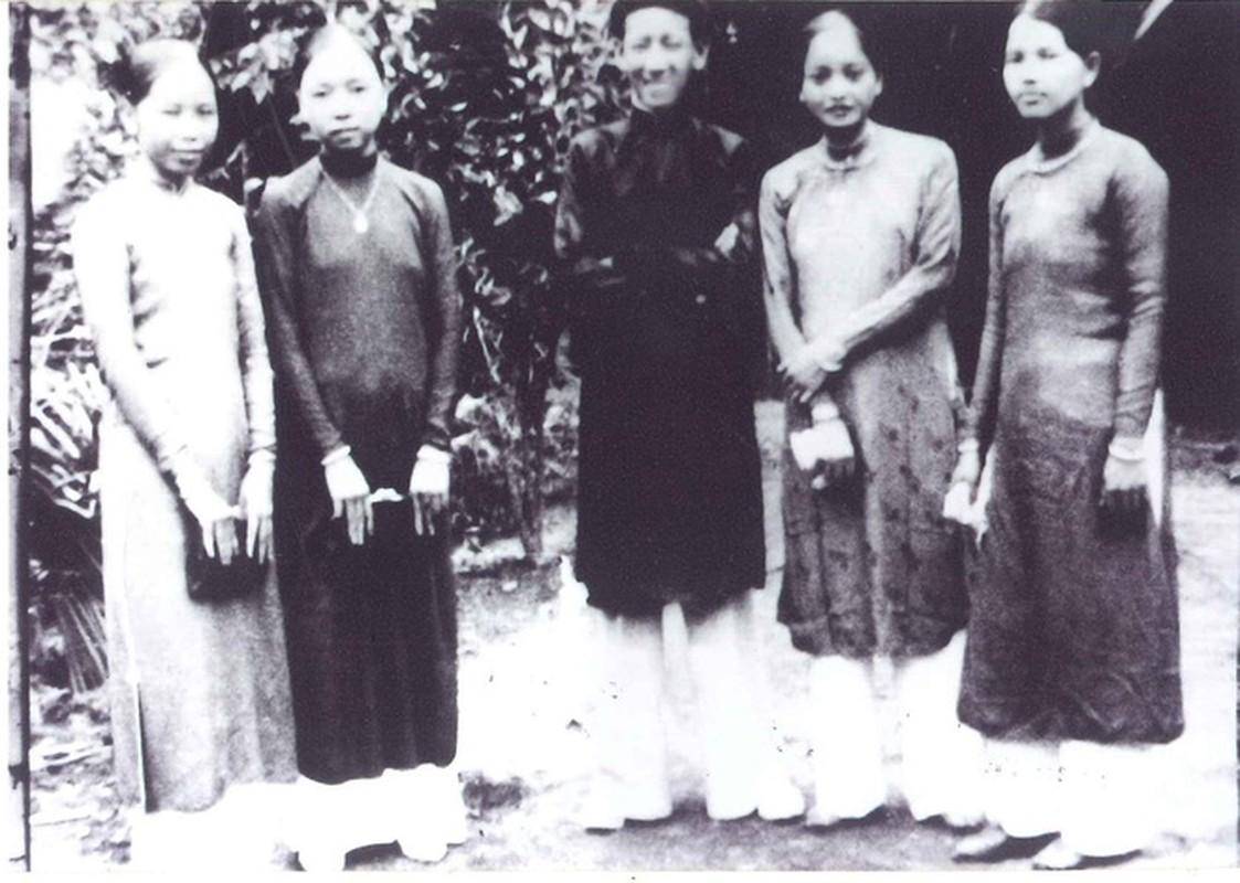 Anh hiem ve nu tuong dau tien cua Quan doi nhan dan Viet Nam-Hinh-9