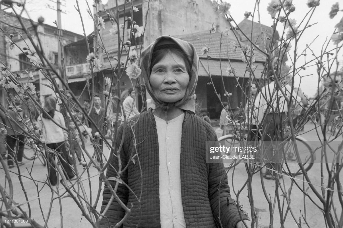 Rung rung canh Tet xua o Viet Nam qua ong kinh phong vien nuoc ngoai-Hinh-6