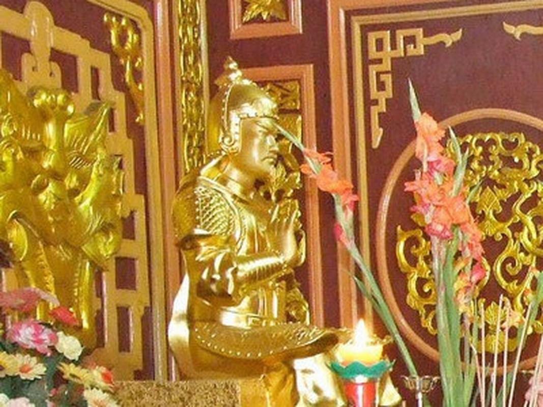 Ho tuong cai lenh vua de tranh doi dau ban tren chien truong-Hinh-2