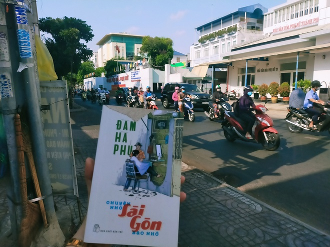 Thang tram Sai Gon xua, TP.HCM nay qua sach-Hinh-4
