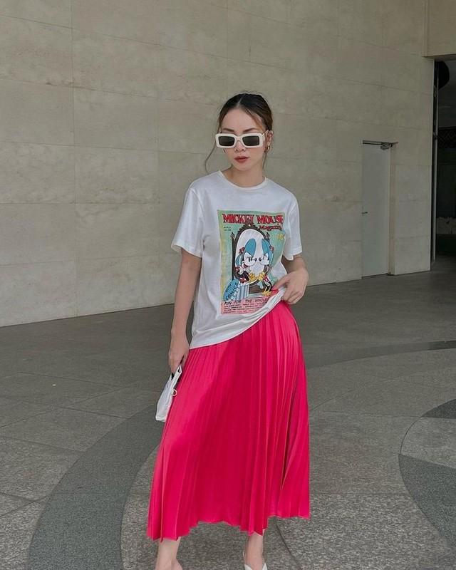 12 cach dien chan vay dai cua Yen Trang chi em nen hoc-Hinh-12