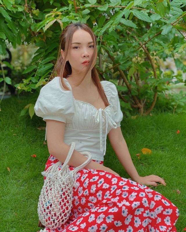 12 cach dien chan vay dai cua Yen Trang chi em nen hoc-Hinh-8
